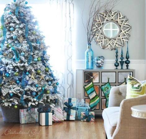 https://tadaaz.be/blog/wp-content/uploads/2014/11/kerstboom-versieren-blauwe-kerstdecoratie-2.jpg
