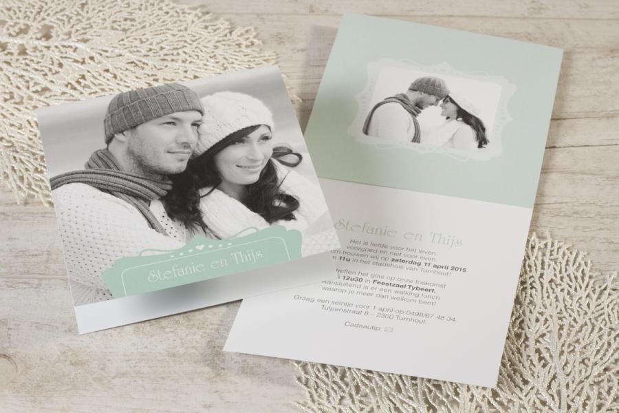 originele huwelijksuitnodiging maken met zwart-wit foto