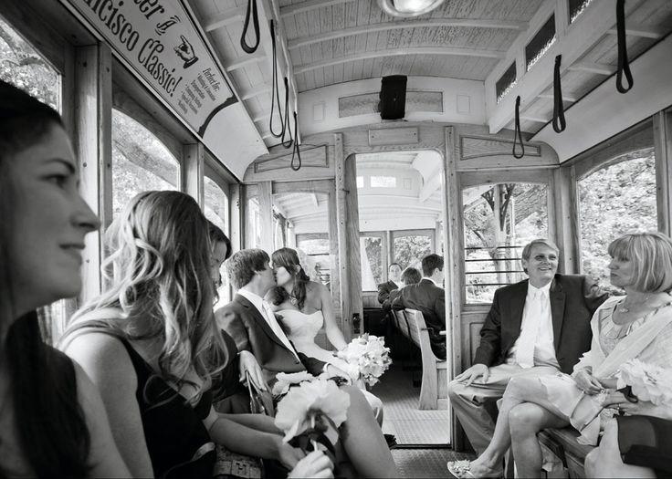 goedkoop trouwen trouwfoto openbaar vervoer