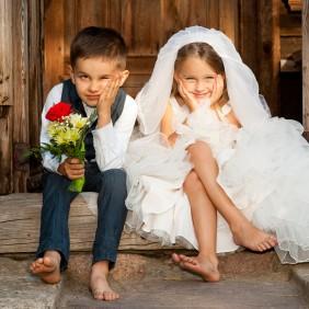 Jullie kindjes kondigen het huwelijk aan