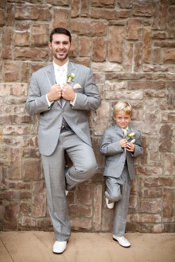 Vader en zoon op het huwelijk