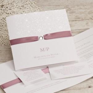 witte-trouwkaart-met-oudroze-lint-en-diamantje-TA106-015-03-1
