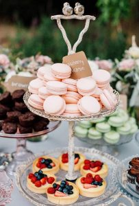 originele huwelijkstaart dessertbuffet taart