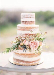 originele huwelijkstaart met topper naked cake