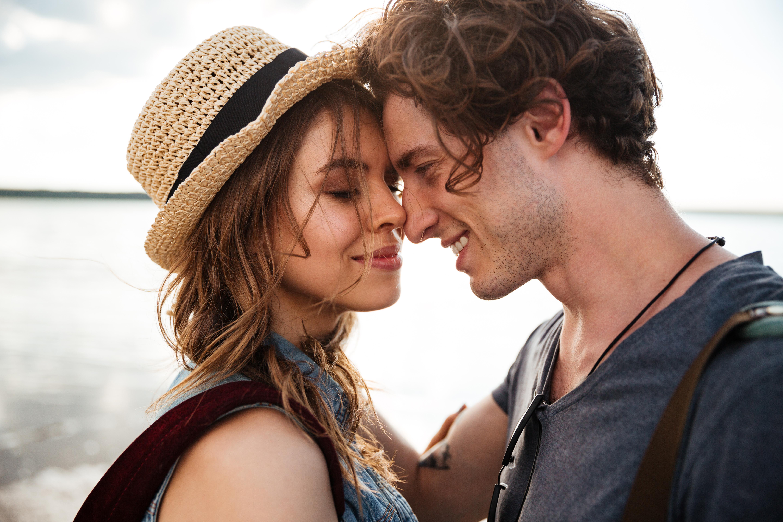 Online Dating tips eerste datum sinopsis dating agentschap Cyrano EP 3