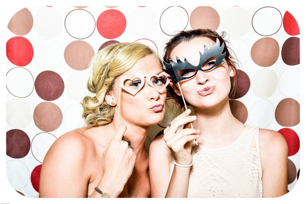 photobooth op jouw trouwfeest is gegarandaard fun!