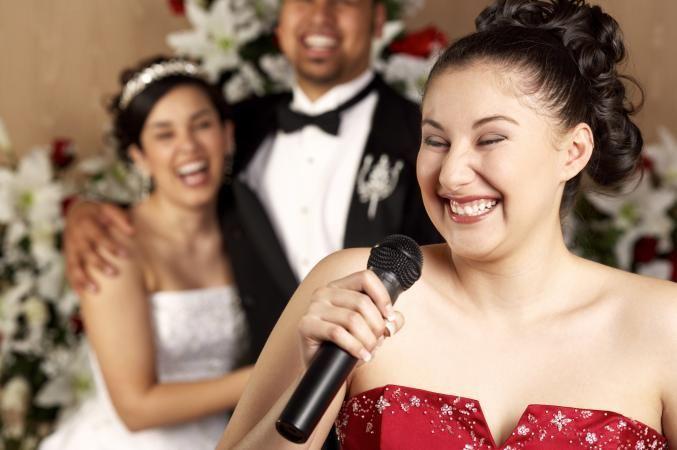 Marquez les esprits avec un discours mariage humoristique