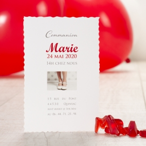 invitation à une première communion rouge photo